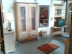 Rustikale und moderne Eichenmöbel
