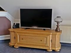 TV Schrank Eiche Massiv gelaugt und gewachst