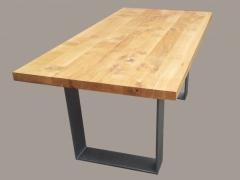 Asteiche Esstisch mit Stahlgestell